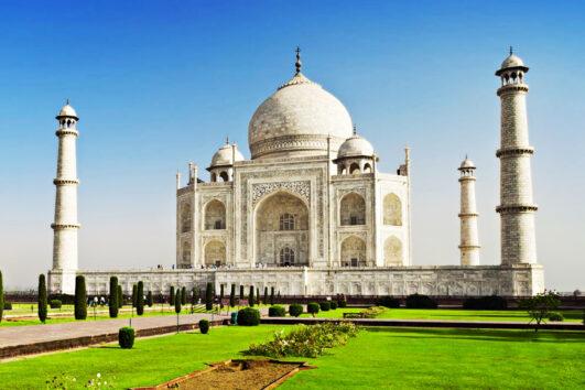 Tajmahal Guided Tour from Delhi